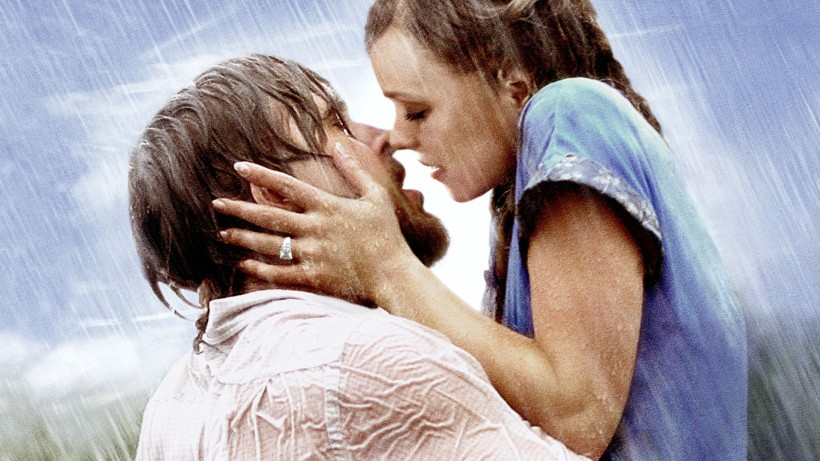 the-notebook-kiss