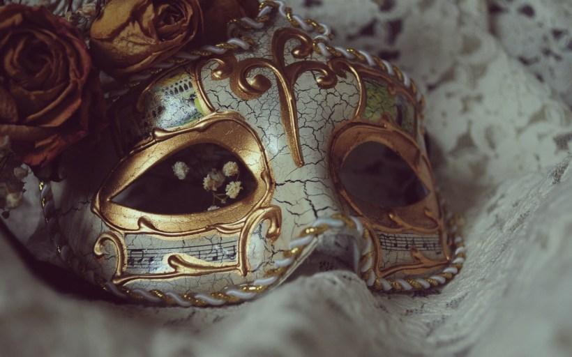 6901650-carnival-mask-wallpaper