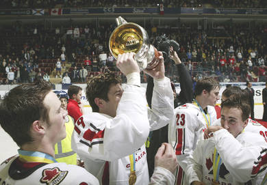 James Neal winning the U21 World Juniors in 2007. [Source: Getty Images]